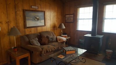 Photo for Nice, warm, cozy, comfy cabin for 2 with lots of mountain charm!