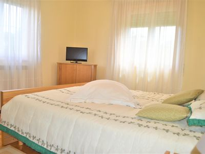 Photo for Villa with 5 bedrooms 10 minutes walk from the center
