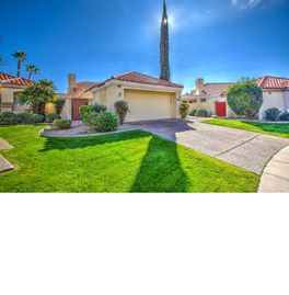 Beautiful Scottsdale Home with Lots of Privacy!