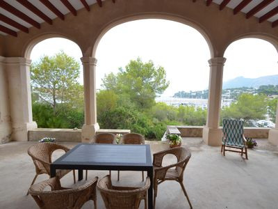 Photo for Traditional mediterranean villa in front o the sea