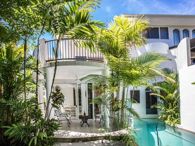Photo for Stunning Sands Villa on the beachfront Port Douglas