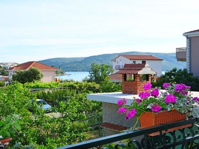 Photo for Apartment Ivanka in Trogir/Vranjica - 5 persons, 2 bedrooms