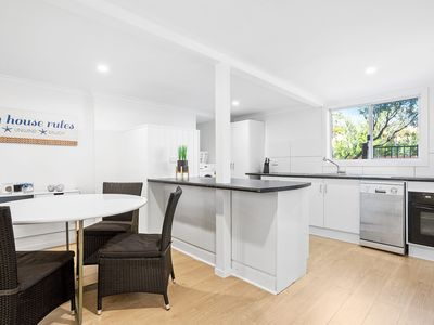Photo for WAT5/3 - TOWN CENTRE 3 BEDROOM UNIT ON WATTLE