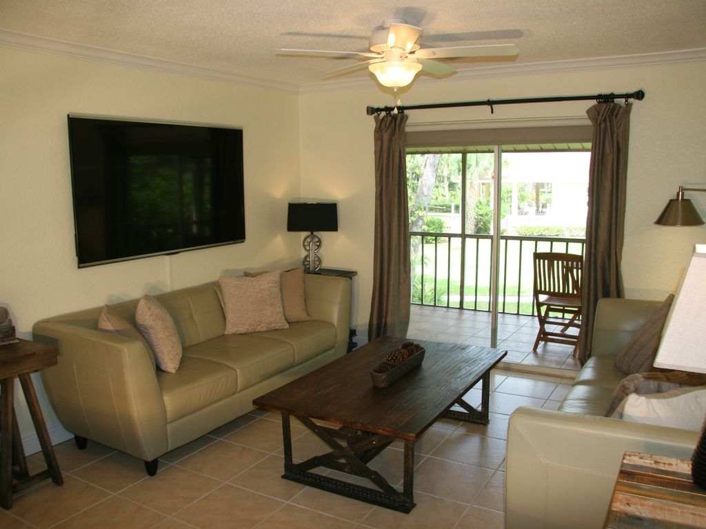 Sarasota 2 Bed Condo Vacation Rental Gated ... - HomeAway