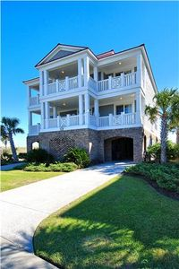Photo for Big Kahuna, 7 Bedroom, 7.5 Bath, 10% OFF WEEKLY STAYS ARRIVING BEFORE 4/29/18!