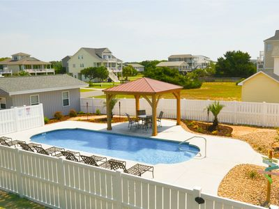 HUGE 13'x33' Saltwater pool w/loungers and gazebo.