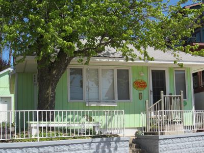 Photo for Key Lime Cottage. Fabulous Views!! 15 Second, Level Stroll to North Beach!