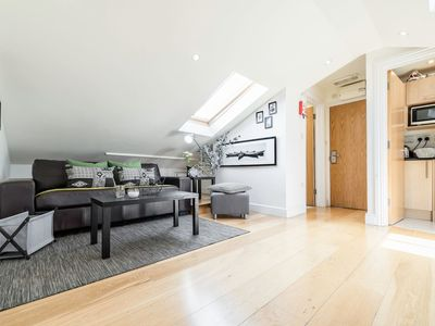 Photo for Cosy 1 bedroom in Belsize Park