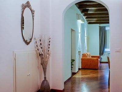 Photo for Beautiful apartment on the ground floor of the most characteristic district of Bologna