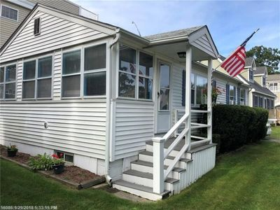 Photo for Cozy Beach Cottage! - 1,500 ft from beach 🏖