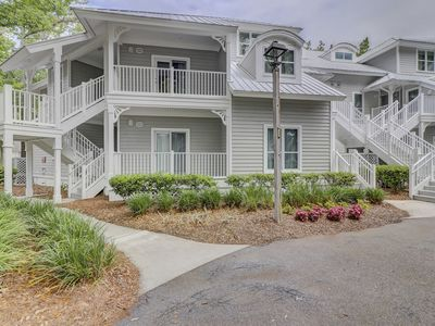 Photo for Luxury 3BR in Port Royal, FREE Tennis and Golf!