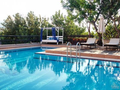 Photo for Armenoi Villa, Sleeps 5 with Pool and Air Con