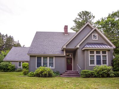 Photo for Spacious home w/ game room and private hot tub, two miles to Okemo!