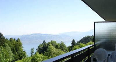 Photo for Thollon Apartment 37m2, 4 / 6p., Lake Geneva view, quiet but close to the slopes