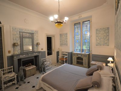 Photo for At Beatrice's house, a gray room