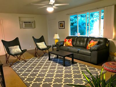 Hawaii Charm, Cable tv, High speed internet