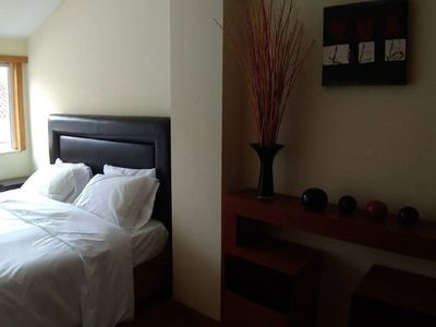 Photo for Exceptional room in the center of Braga that accommodates up to 3 people.