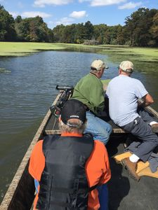 BOOK NOW FOR FISHING, REUNIONS, HUNTING OR FAMILY VACATION - Hornbeak