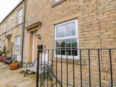Photo for Apple House Cottage, LUDDENDEN