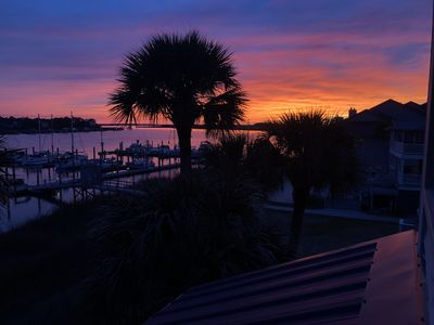Gone Coastal - Beautiful, completely remodeled condo on Folly near the beach.