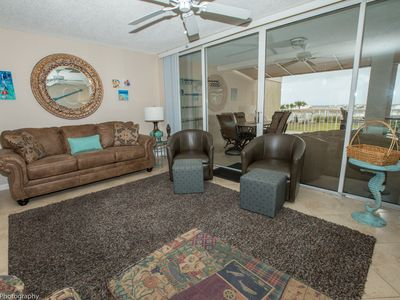Photo for Mag 112 is a Beautiful 2 BR with free beach service for 2 in Destin Pointe