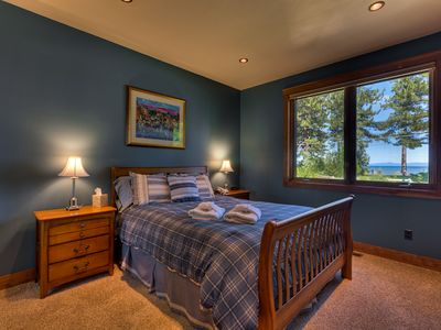 4th Bedroom Of Luxury Home In S Lake Tahoe W Queen Bed