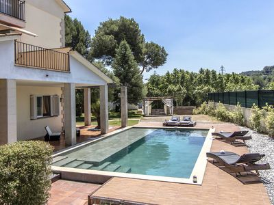 Photo for Catalunya Casas: Radiant Villa Piera for up to 16, tucked away in the Spanish countryside