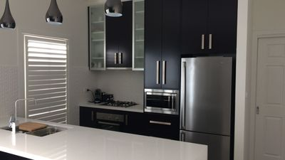 Photo for Chic 2 Bedroom Keilor