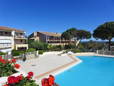 Photo for One bedroom Apartment, sleeps 4 in La Garonnette-Plage with Pool, Air Con and WiFi