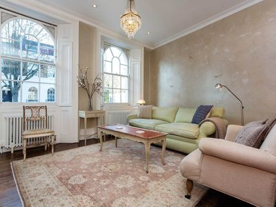 Photo for Charming 3 Bedroom House close to Angel Tube and Upper Street, Sleeps 7 (Veeve)