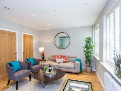 Photo for The Escalier Mews - Stunning 3BDR Mews Home Flooded with Natural Light