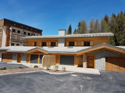 Photo for New chalet in center, 6 bedrooms (15 people) - indoor pool and steam room