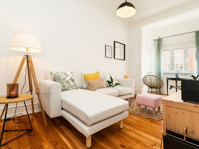 Photo for Charming and Bright apartment near Campo Pequeno