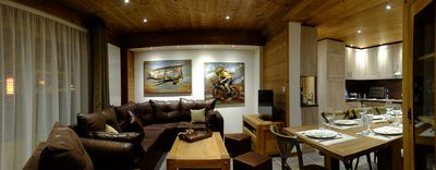 Photo for Apart. ***** ds spacious and bright chalet, ski in ski out, road TDF