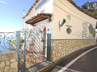 Photo for 2 bedroom Villa, sleeps 3 in Positano with Air Con and WiFi