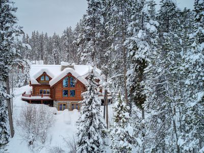 Photo for Log Cabin Luxury, Dramatic Views at Abode at Wapiti Hideout