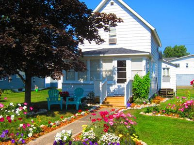Photo for Walk To All Beulah Amenities, Including Beach, Restaurants, Shopping, & Parks.