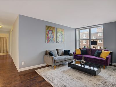 Photo for Plush Living next to Forest Park/Zoo/Washu/BJC