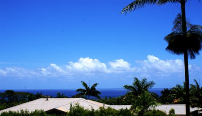 View of the ocean from the lanai