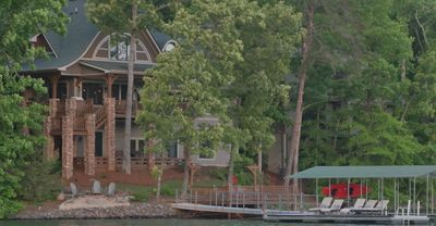 Photo for Lakefront Luxury, Private Dock, Mtn Views, Sleeps 15, 3 Decks, Great for Groups
