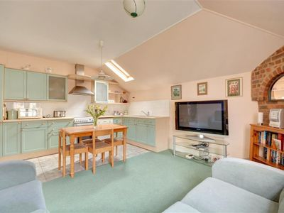 Photo for Apartment Coachman in Brighton - 3 persons, 2 bedrooms