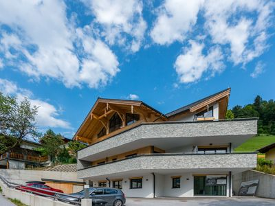 Photo for Luxurious ski-in ski-out Penthouse, right on the slope, with nice ambience