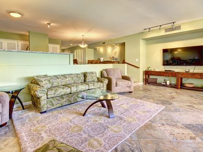 Photo for Remodeled Spacious Two bed room Condo in Kaanapali Maui near Whalers Village
