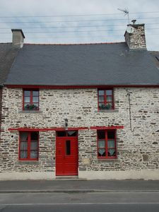 Photo for Renovated character cottage in the Bay of Mont-Saint-Michel