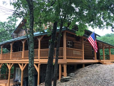 Welcome to Cedar Rock Chalet. A 3level authentic Log Cabin with wraparound porch
