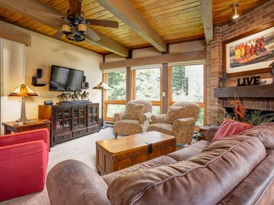 Photo for Fantastic Remodeled Home. Easy Access to Trails/Restaurants/Bars - Pool & 5 HTs