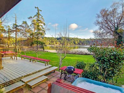 Photo for Waterfront Pet Friendly Home with Hot Tub! (Mitchell Bay Shores)