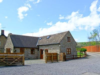 Photo for THE STABLE, pet friendly, with a garden in Craven Arms, Ref 13270
