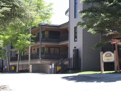 Photo for Gorgeous 1 Bedroom, 1 Bath Aspen Condo By Lift #1, Ski In, Free Parking!