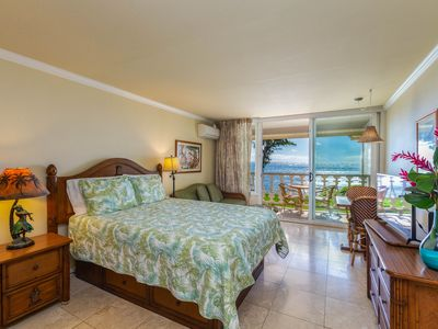 Photo for Islander on the Beach #348, Oceanfront Views, Top Floor, AC, Free Wifi/Parkg